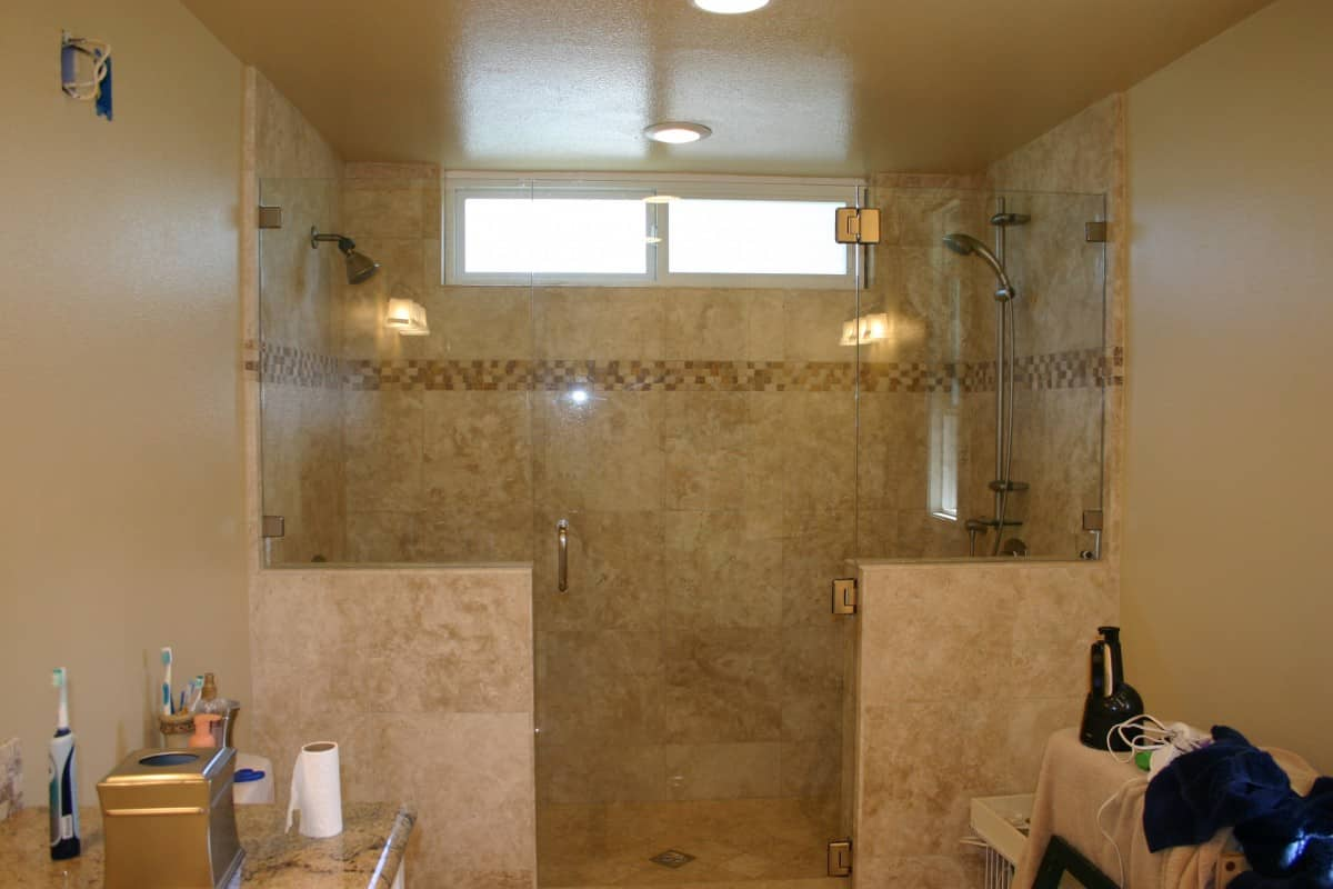 Glass Shower Doors & Enclosures | Community Glass & Mirror