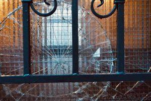 4 Tips for Repairing Broken Glass