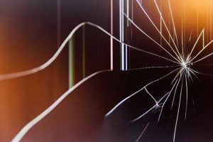 How to Fix Cracked Glass